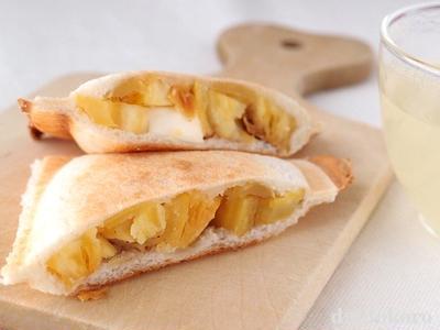 焼き芋とクリームチーズのホットサンド