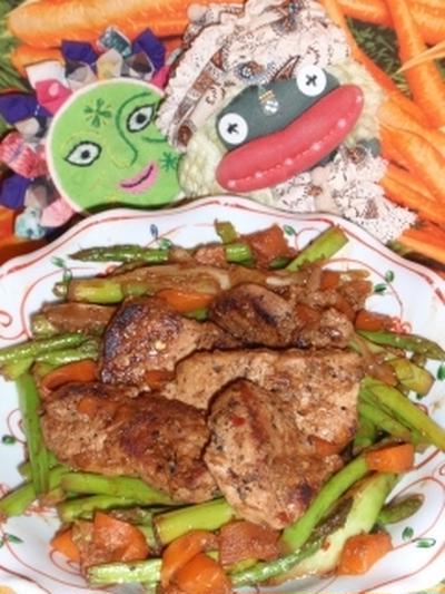 豚肉とアスパラの中華風チョコ炒め&チョコ酢漬け切り干し大根の香味サラダ(お家カフェ)