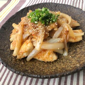 【ご飯との相性抜群‼︎】免疫力アップ↑鶏むねの旨みそチキン♡レシピ