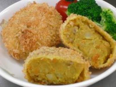 さつま芋のカレーコロッケ&ピザトースト