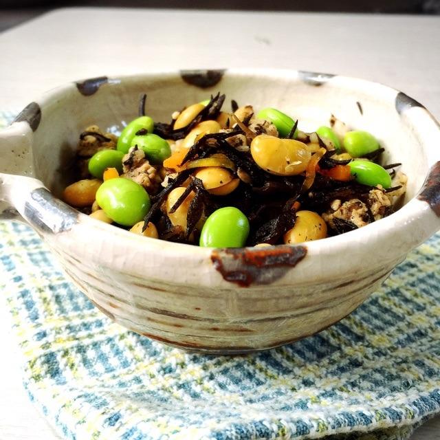 自慢のレシピ 1♪ ひじきと豚肉と大豆の煮物