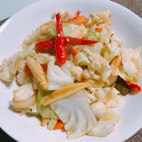 野菜をたっぷり美味しく食べれるタイ風野菜炒め ★パックパットルアム★