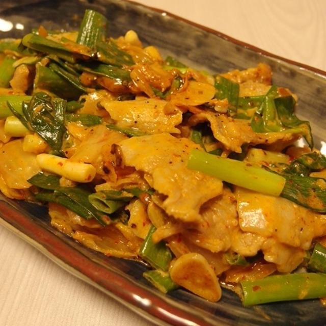 九条ねぎと豚の味噌マヨキムチ炒め・菜の花のごまゆかり和え