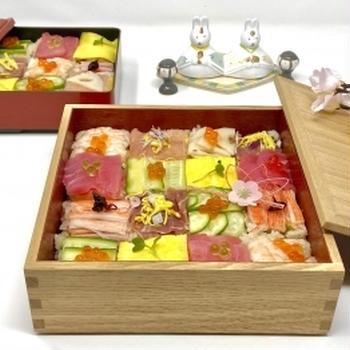 【モザイク寿司と桜もち】海外でも ひな祭り
