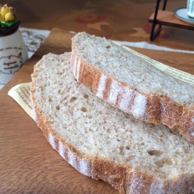 ライ麦酵母でサワードゥパンを焼きました