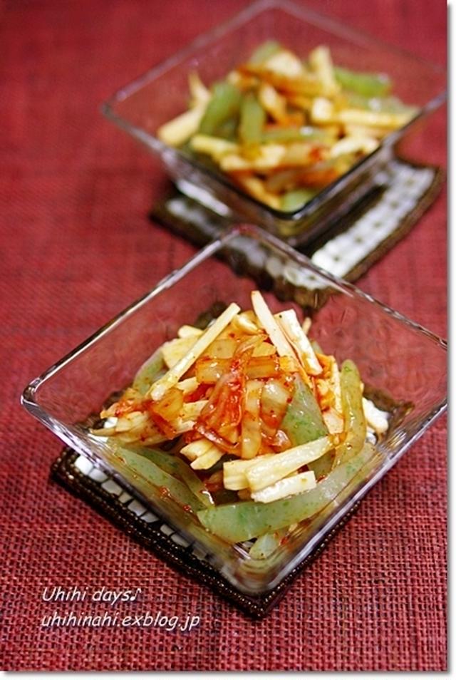 キムチと長芋と刺身こんにゃくの和え物