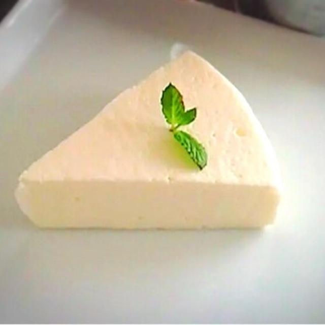 生クリーム無し♡めっちゃ簡単濃厚レアチーズケーキ