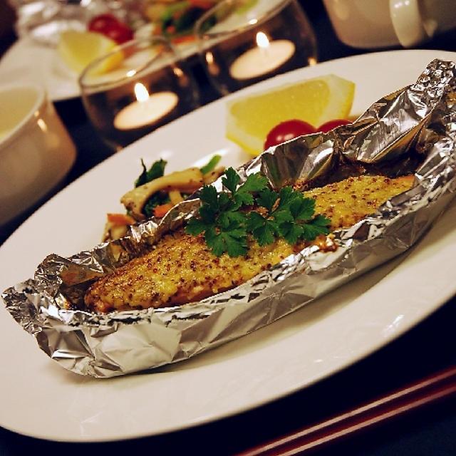 簡単レシピ♪鮭のホイル焼き☆マヨマスターソース