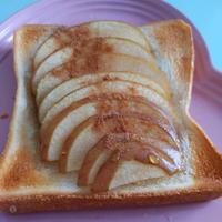 りんごのバタートースト♡