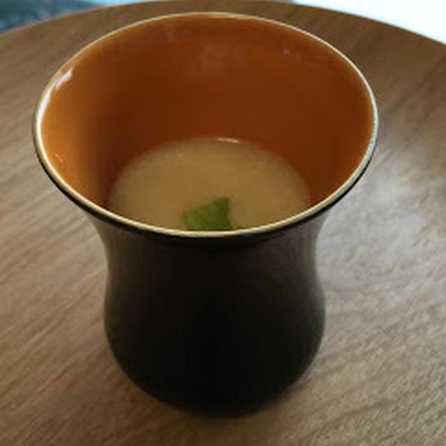 寒い朝はほっこりと〜サツマイモとカブの豆乳ポタージュ〜