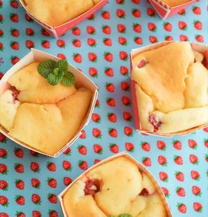 ホットケーキミックスで♪いちごのチーズケーキ