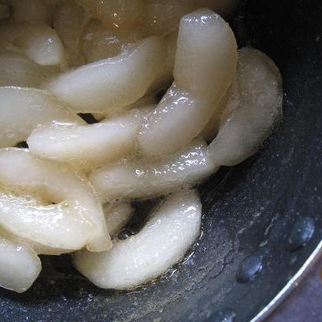 梨の白ワイン煮