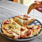 夏休み簡単ピザランチ&ストロベリーアイス(仕込みの仕込みと試作と新しい天板)