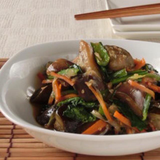 醤油麹で旨味際立つ☆ナスと小松菜の醤油麹オイスターソース炒め煮