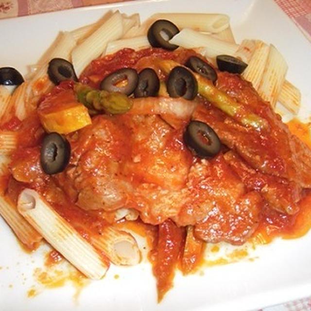 豚肉のトマト煮ペンネ