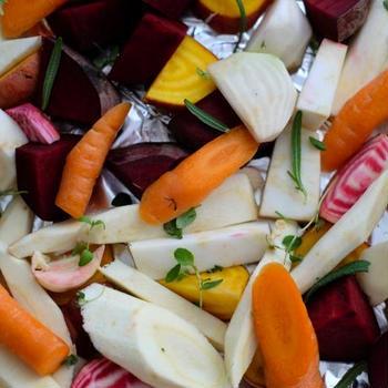 【cooking】 Ovnsbakte Lammelår & rotgrønnsaker(ラムもも肉と根菜のオーブン焼き)ーーお誕生日に