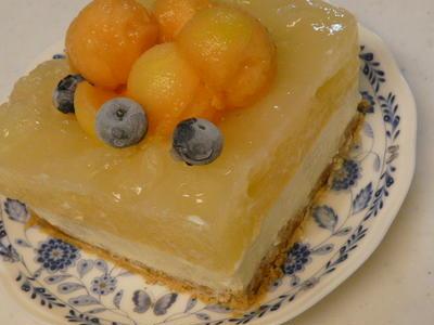 夕張メロン&グレープフルーツの爽やかレアチーズケーキ