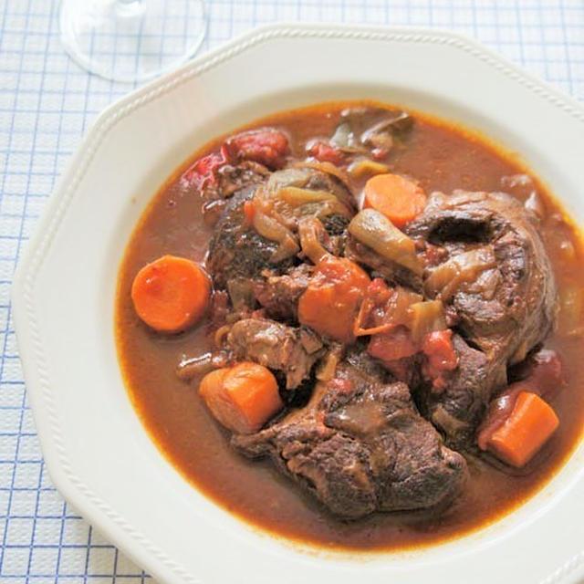 もう、結構><。。焼き肉のタレ&赤ワインの牛スジ肉煮