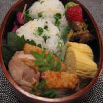 菜の花おにぎりと阿波尾鶏の塩焼き