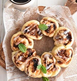 発酵なしで作れる♪フライパンで簡単シナモンロールちぎりパン