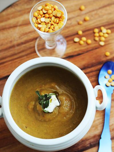 コトコト煮込む、絶品アフリカンお豆スープ
