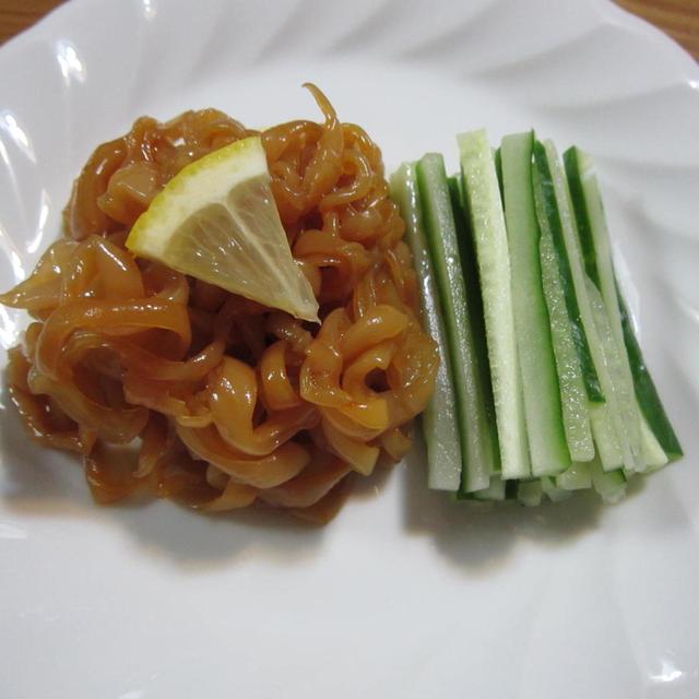クラゲの中華冷菜(塩クラゲの戻し方)