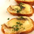 コンテチーズとアンチョビのブルスケッタ