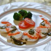 クリスマスカラーで☆鶏ハムのパプリカ&バジルソース