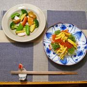 鮭寿司とサラダ。