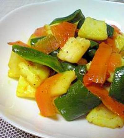 ターメリックでカレー風味☆イカ野菜