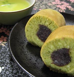 *【ホットケーキミックスで作る】抹茶あん巻き