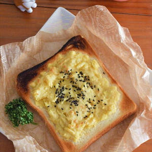 秋の朝食に食べたい!「スイートポテトトースト」5選