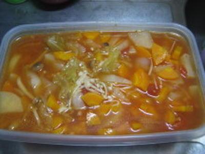 屑野菜で野菜スープ