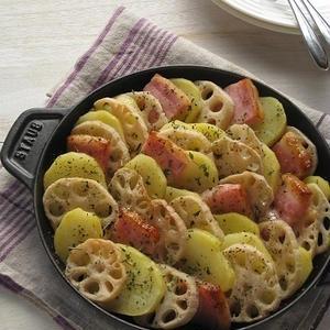 野菜をどんどん重ねて焼くだけ!手軽で美味しい「重ね焼き」レシピ
