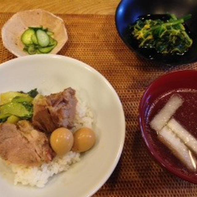八角煮豚丼