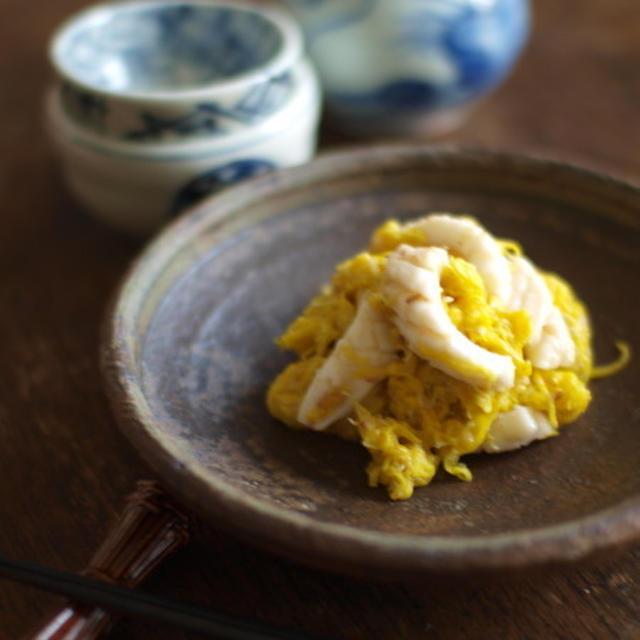 菊花の胡麻酢味噌和え。