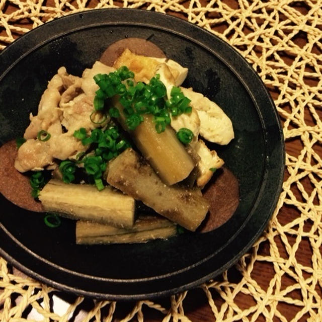 ゴボウと豚バラ肉の煮物