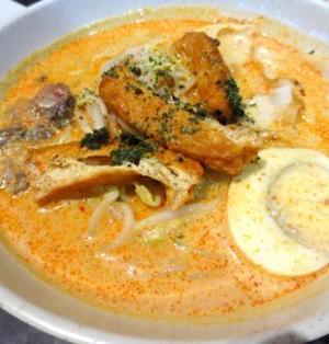 大絶賛!シンガポールのココナッツカレー麺「ラクサ」(レシピ付)