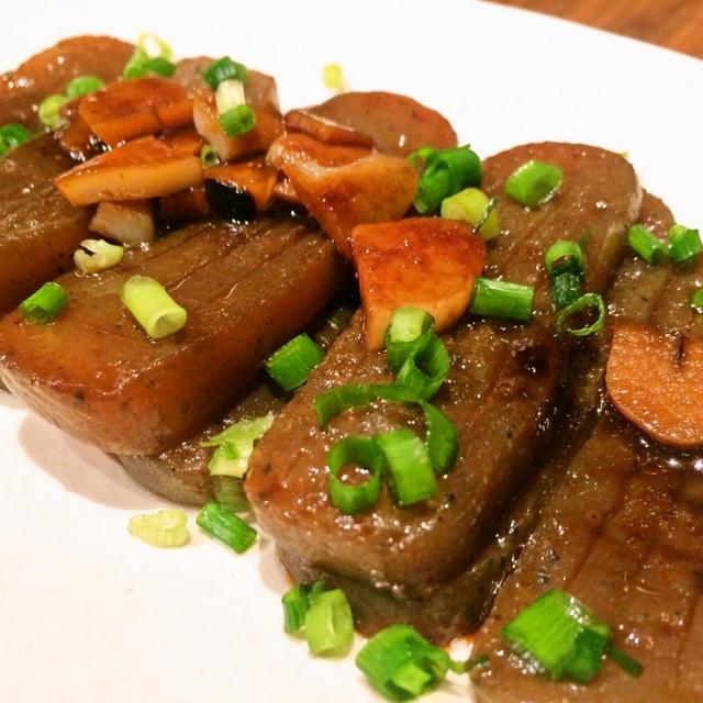 ニンニクたっぷりがうまいですね。焼き肉ダレの味付け「焼き肉風こんにゃく」