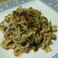 きゅうり・鶏ハム・豆腐皮のピリ辛和え