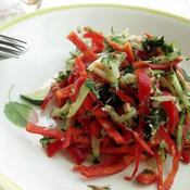 赤ピーマンとツナのバジル風味サラダ