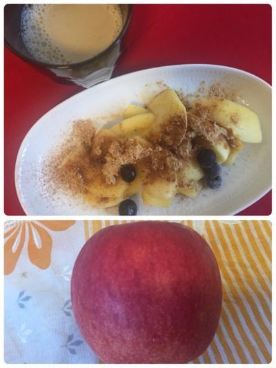 今日の朝ごはん^_^ココナッツオイルのりんご焼き