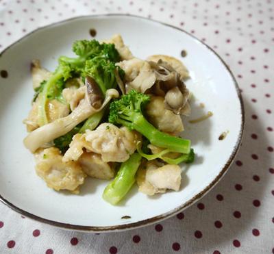 鶏肉とブロッコリーのシンプル炒め