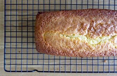 1/4ずつケーキ・フランスのおふくろの味、キャトルカール