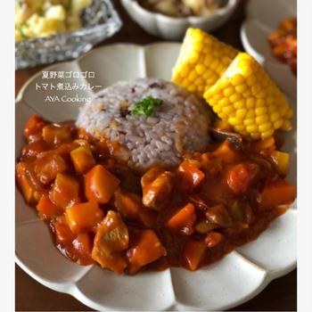 安物に見えない♡ニトリワンプレート用皿購入と夏野菜ゴロゴロチキントマト煮込みカレー