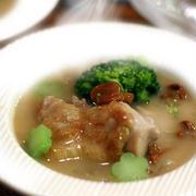 鶏とアンズ茸のクリーム煮