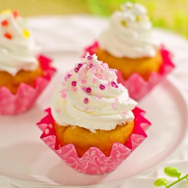 ホットケーキミックスHMで簡単お菓子♡冷え冷えレモンカップケーキアイス乗せ&レシピブログくらしのアンテナ掲載
