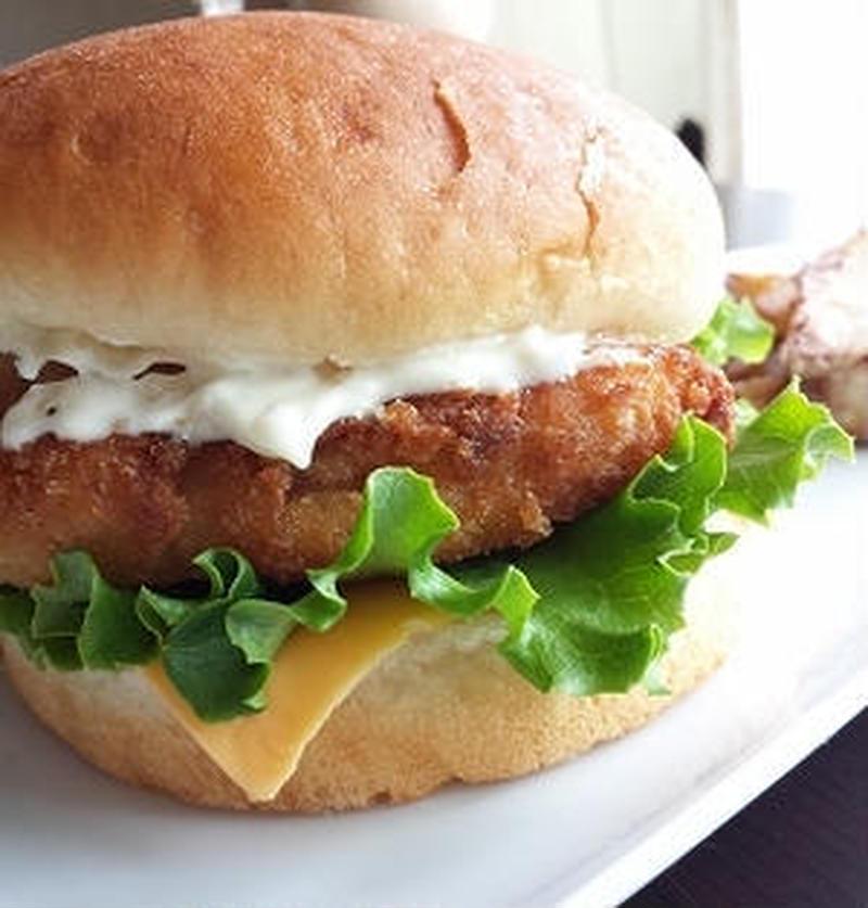 あの味も再現できるかも♪「フィッシュバーガー」のおすすめレシピ