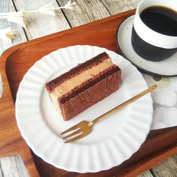 チョコクリームサンドケーキ