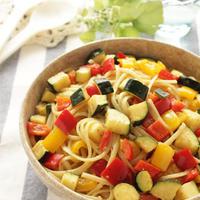 カラフル野菜のガーリックパスタ